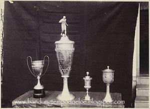 Piala Juara pertandingan sepak bola di alun alun Bandung pada masa 1914-1921