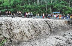 Banjir lahar dingin Kali senowo-www.komisikepolisianindonesia.com